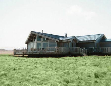 wta_1008_J71F1W_Ugludax-Lodge
