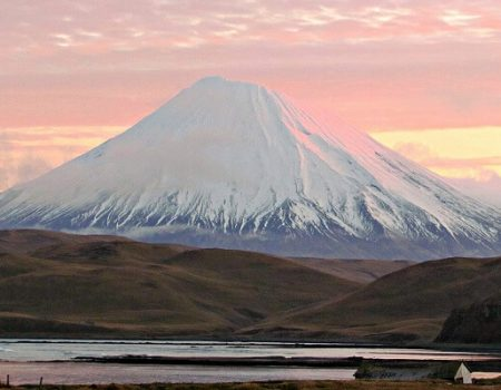 wta_1008_UMB0VL_volcano-again