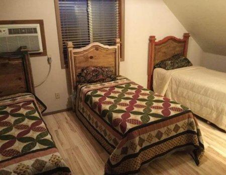 wta_1674_G0NH4B_bedroom